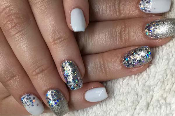 Gel nails in Martensville